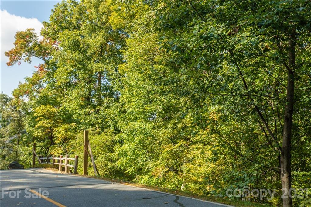 Lot 2 thumbnail image 30